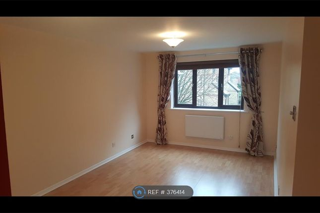 Living Room of Courtlands Close, Watford WD24