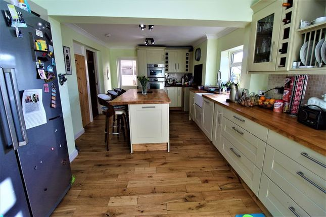 Thumbnail Detached house for sale in Harrowden Road, Bedford