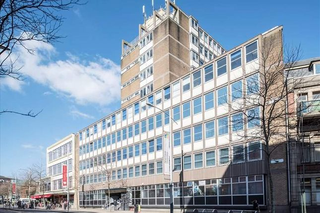 Thumbnail Office to let in Princess Way, Swansea