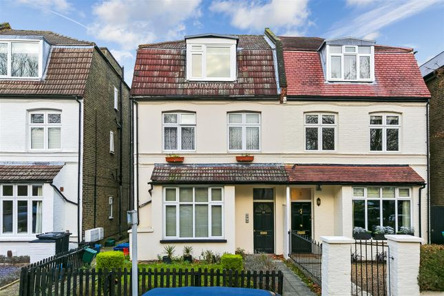 2 bed flat for sale in Cedars Road, Hampton Wick, Kingston Upon Thames KT1