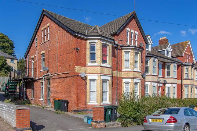 Thumbnail Flat to rent in Bryngwyn Road, Newport