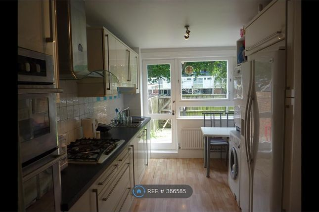 Thumbnail Terraced house to rent in Earlsferry Way, London