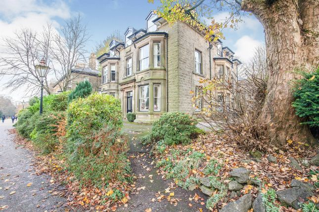 3 bed flat for sale in Broad Walk, Buxton SK17