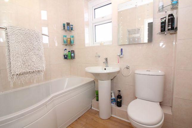 Bathroom of Blaze Park, Wall Heath, Kingswinford DY6