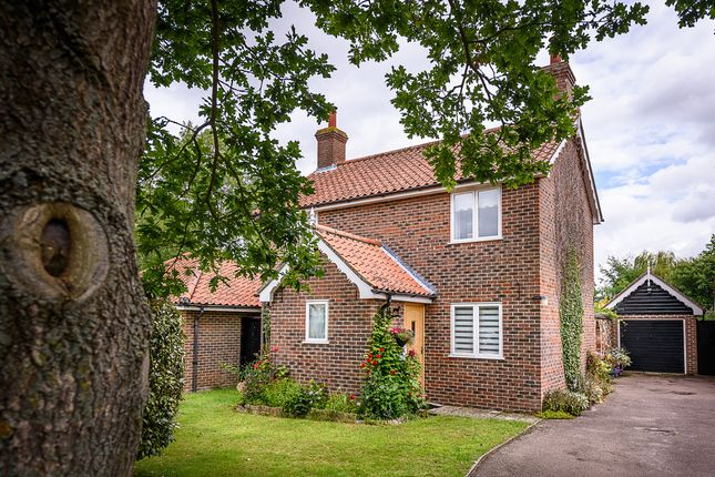 Thumbnail Detached house for sale in Mill Road, Thorpe Abbotts, Diss