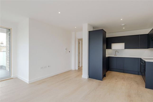 3 bed flat for sale in Medal Makers House, Flat 7, 1B Carpenters Place, London SW4