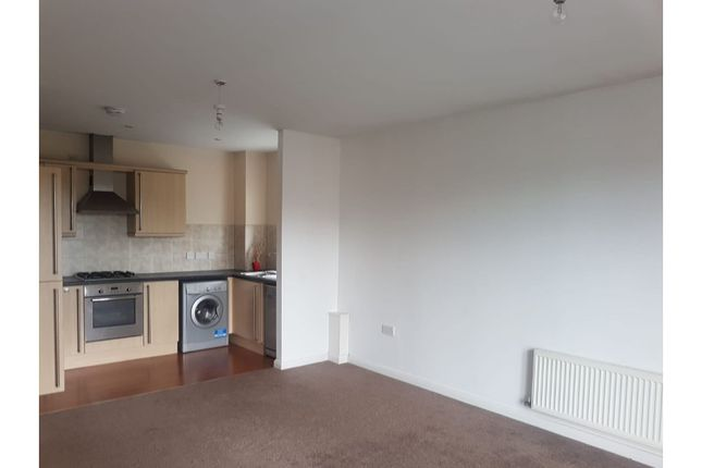Thumbnail Flat to rent in Wordsworth Road, Manchester