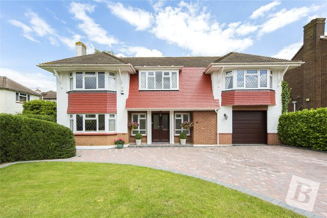 Thumbnail Detached house for sale in Golf Links Avenue, Gravesend