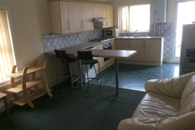 Thumbnail Property to rent in Colum Road, Cardiff