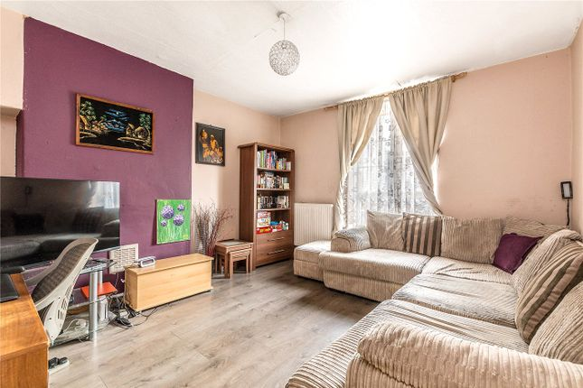 2 bed flat for sale in Riseholme House, Dog Kennel Hill, East Dulwich, London SE22