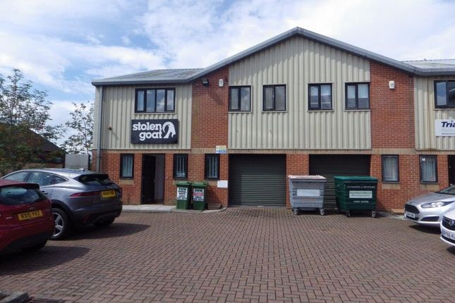 Thumbnail Industrial to let in 20 Murrell Green Business Park, London Road, Hook