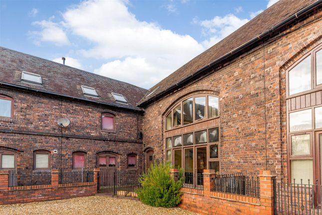 Thumbnail Barn conversion for sale in The Hay Barn, Coventry Road, Kingsbury