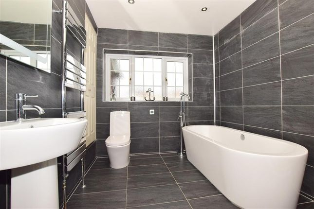 Family Bathroom of Okehampton Crescent, Welling, Kent DA16