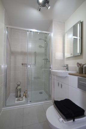 Bathroom of Hardwick Grange, Cop Lane, Penwortham PR1
