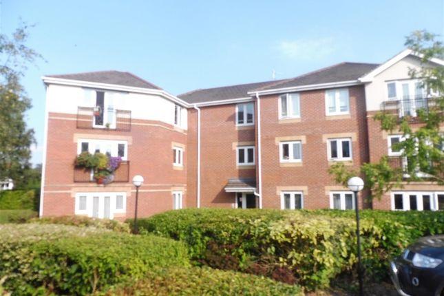 Thumbnail Flat for sale in Langstaff Way, Southampton