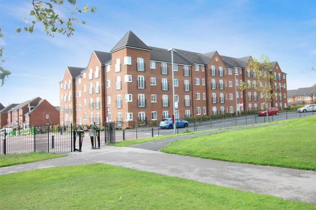Thumbnail Flat for sale in Fenton Gate, Middleton, Leeds
