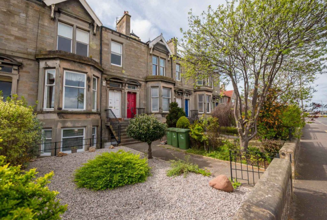 Thumbnail Terraced house to rent in Victoria Terrace, Musselburgh, 7Lw