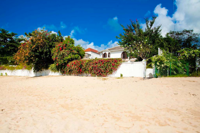 Thumbnail Villa for sale in Oyster Bay, Oyster Bay, Barbados