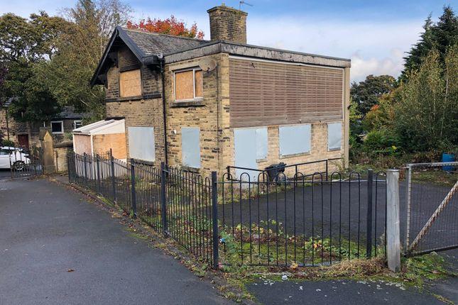 Thumbnail Land for sale in Hollingwood Lane, Bradford