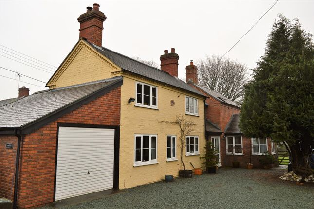 Thumbnail Detached house for sale in Wern, Llanymynech