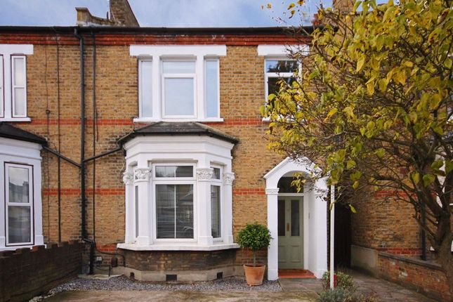 4 bed flat for sale in Coldershaw Road, London W13
