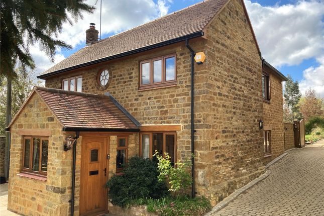 4 bed country house for sale in Main Street, Upper Tadmarton, Banbury, Oxfordshire OX15