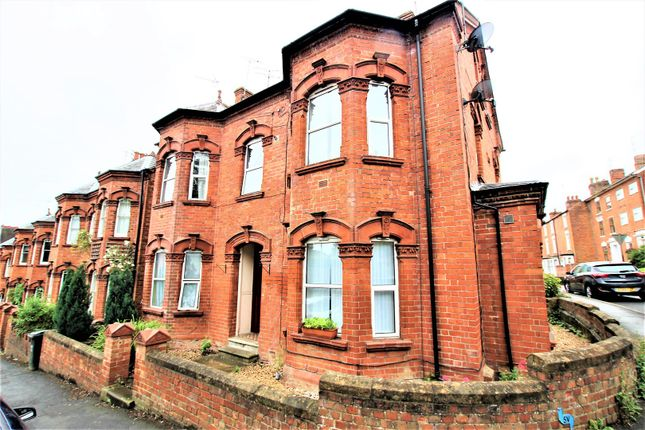 Flat for sale in 8 Newland Road, Banbury