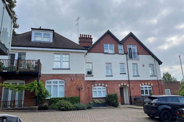 Thumbnail Flat for sale in Betjeman Gardens, Chorleywood, Rickmansworth