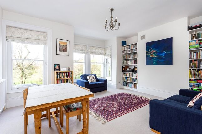 Thumbnail Flat for sale in Campdale Road, London