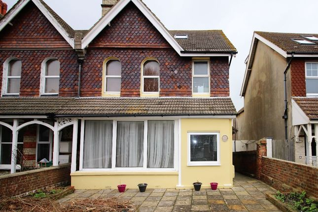 Thumbnail Maisonette to rent in Willingdon Road, Eastbourne