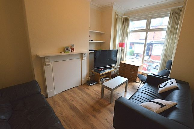 Thumbnail Terraced house to rent in Grimthorpe Terrace, Leeds