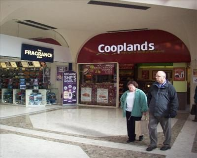 Thumbnail Retail premises to let in Unit 18, The Pavements Shopping Centre, Chesterfield