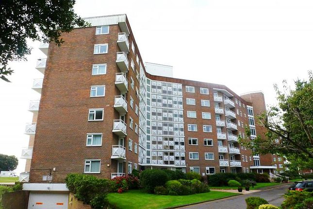 3 bed property to rent in Elizabeth Court, Grove Road BH1