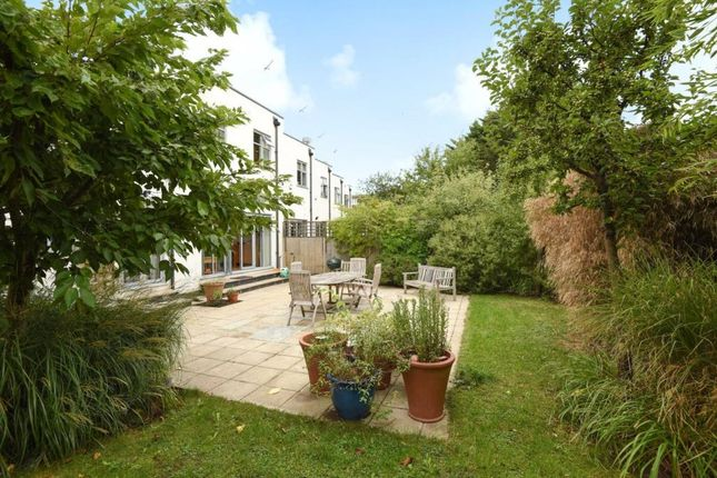 Thumbnail Flat for sale in Imperial Close, Willesden
