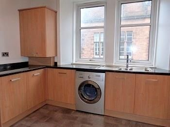Thumbnail Flat to rent in Stewart's Place, Caledonian Road, Perth