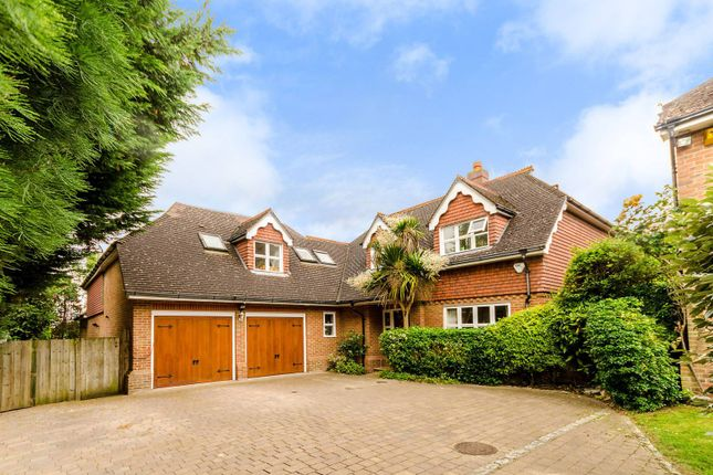 Thumbnail Detached house for sale in Spinney Close, Worcester Park