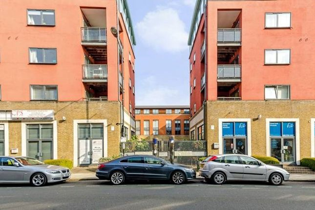 Thumbnail Flat for sale in 547 Cable Street, London