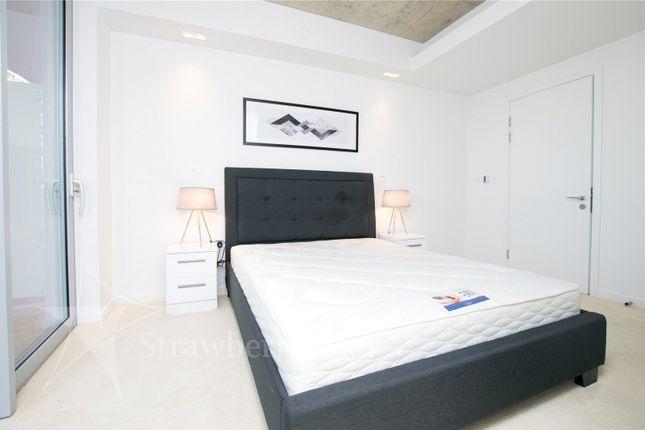 Bedroomj 2 of 3 Tidal Basin Road, London E16