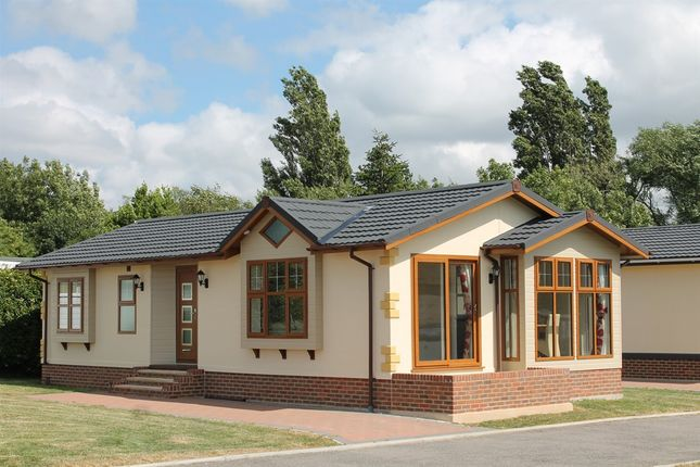 Thumbnail Mobile/park home for sale in Three Counties Park, Upper Pendock, Malvern