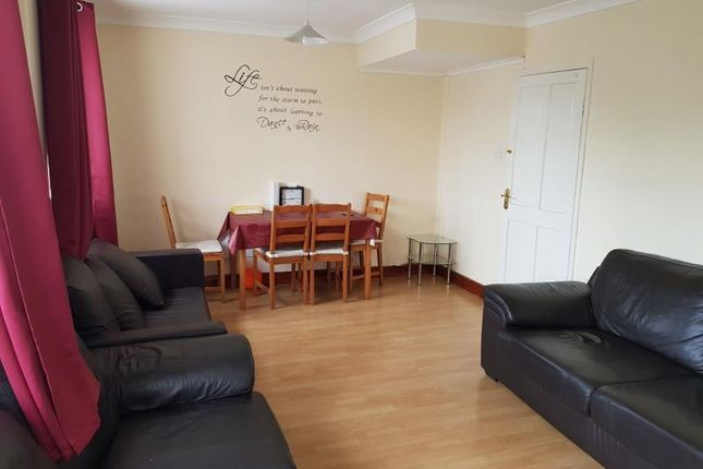 Thumbnail Flat for sale in North Street, Barking