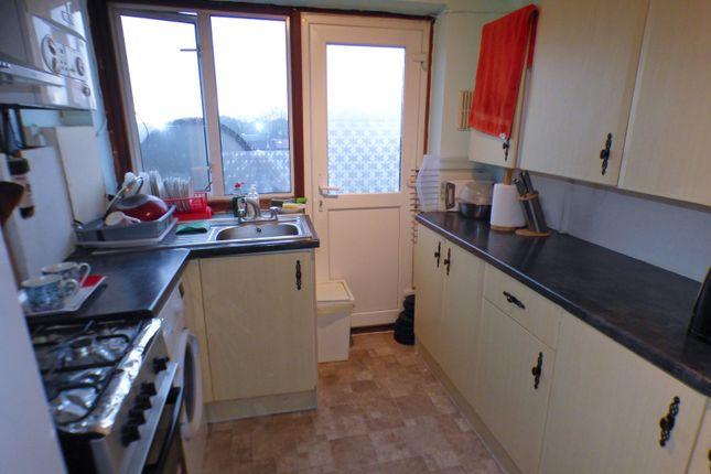 Kitchen of Oakleigh Court, East Barnet EN4