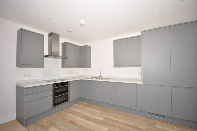 2 bed flat to rent in St. Faiths Street, Maidstone ME14