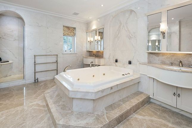 Master Bathroom of Courtenay Avenue, London N6
