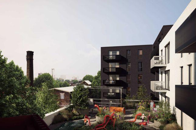 3 bed flat for sale in Monier Road, London E3