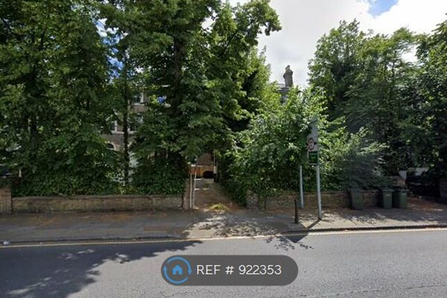 Thumbnail Flat to rent in Shooters Hill Road, London
