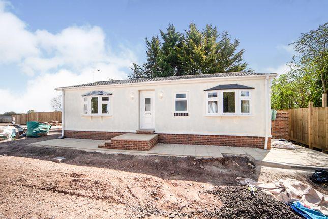 Thumbnail Mobile/park home for sale in Little Acres Park, Norton Fitzwarren, Taunton