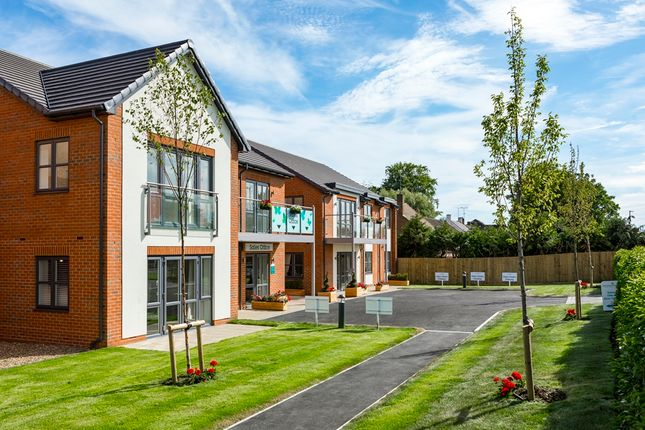 Thumbnail Property for sale in London Road Ruscombe, Twyford