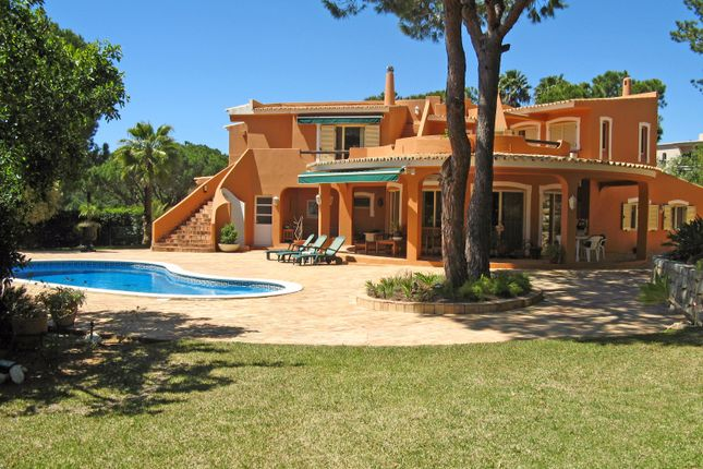 4 bed villa for sale in Almancil, Loulé, Portugal