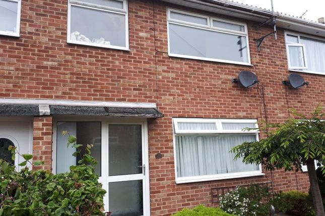 Thumbnail Terraced house to rent in 34 Watersedge, Driffield