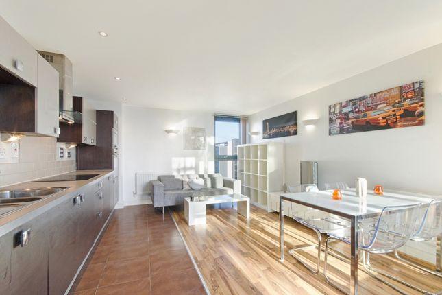 Thumbnail Flat To Rent In Proton Tower Blackwall Way London